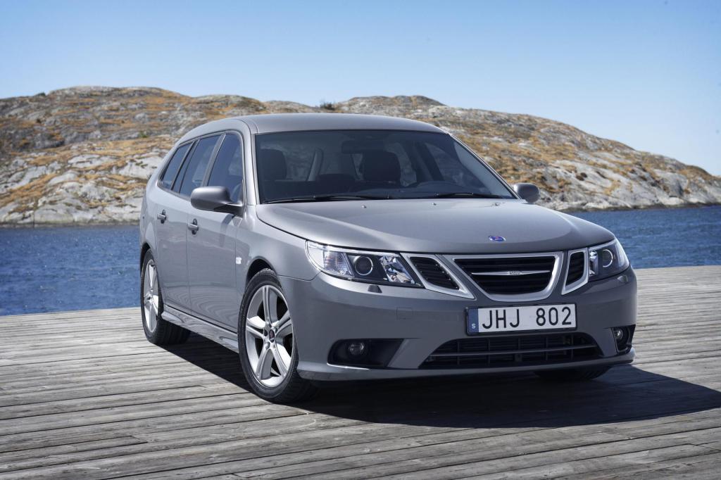 2010-Saab-9-3-Image-0038